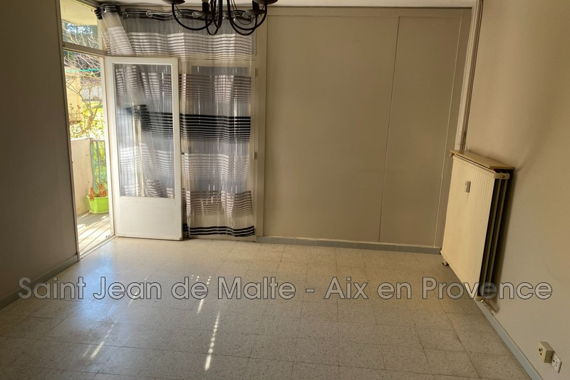 Photo n°1 - Vente appartement Brignoles 83170 - 102 000 €
