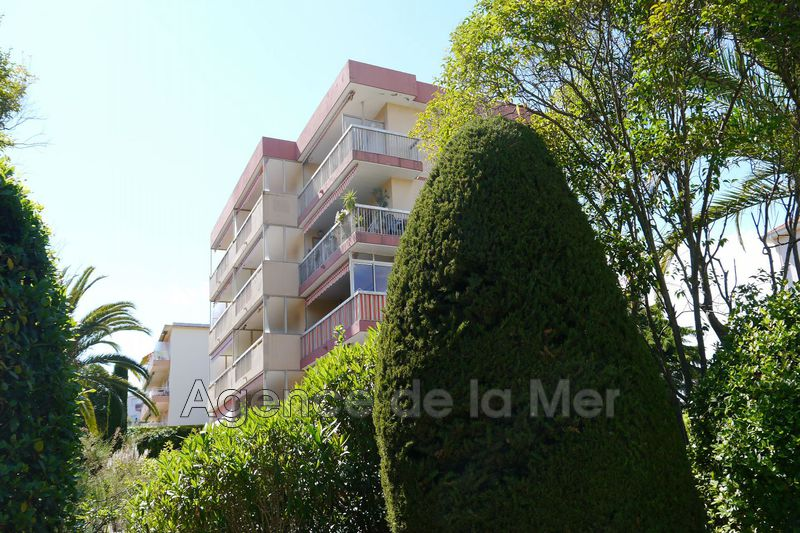appartement  2 rooms  Juan-les-Pins Glue  52 m² -