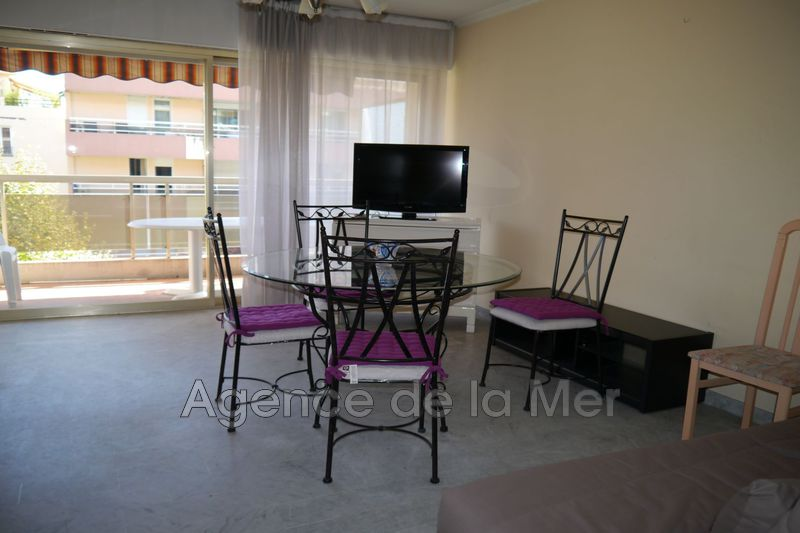appartement  studio  Juan-les-Pins Centre-ville  32 m² -