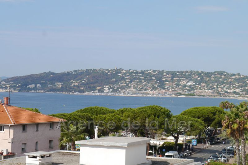 appartement  1 room  Juan-les-Pins Downtown  26 m² -