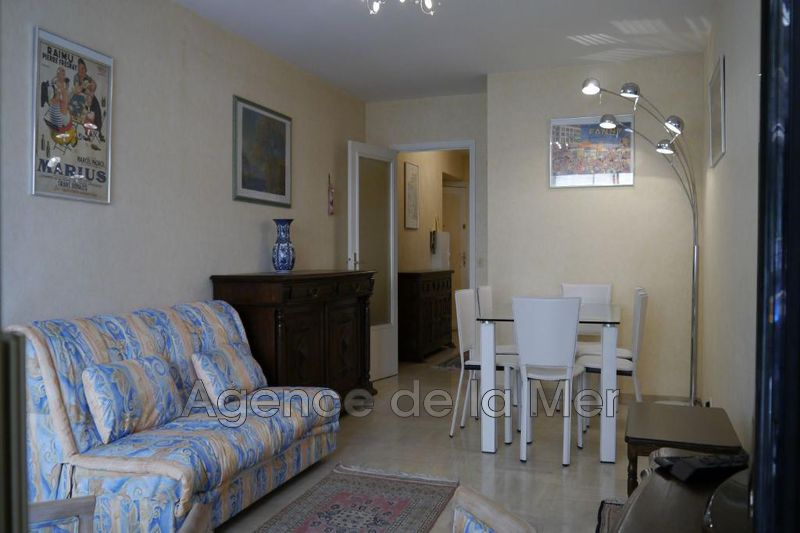 appartement  2 rooms  Juan-les-Pins Downtown  50 m² -