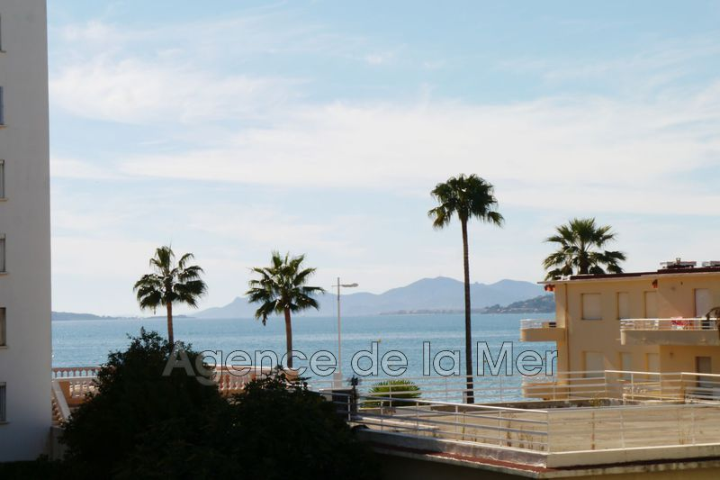 appartement  2 rooms  Juan-les-Pins Seaside  35 m² -