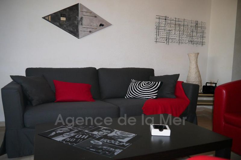appartement  3 rooms  Juan-les-Pins Downtown  63 m² -