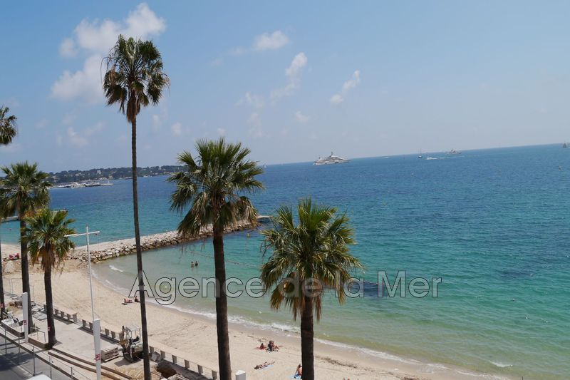 appartement  1 room  Juan-les-Pins Seaside  21 m² -