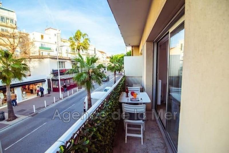appartement  1 room  Juan-les-Pins Downtown  35m² -