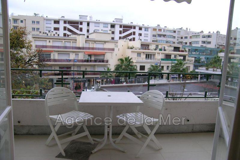 appartement  1 room  Juan-les-Pins Downtown  26m² -