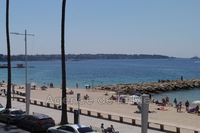 appartement  1 room  Juan-les-Pins Seaside  29 m² -