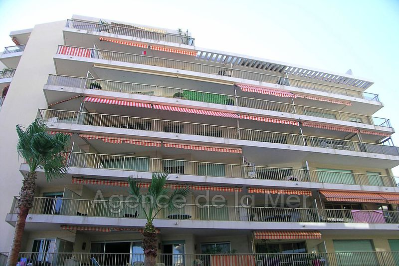 Photo n°2 - Vente appartement Juan-les-Pins 06160 - 118 000 €