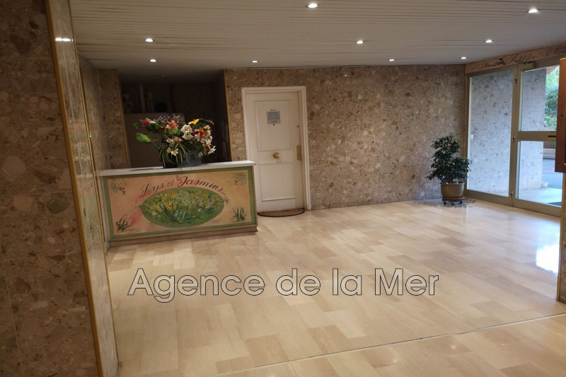 Photo n°4 - Vente appartement Juan-les-Pins 06160 - 265 000 €