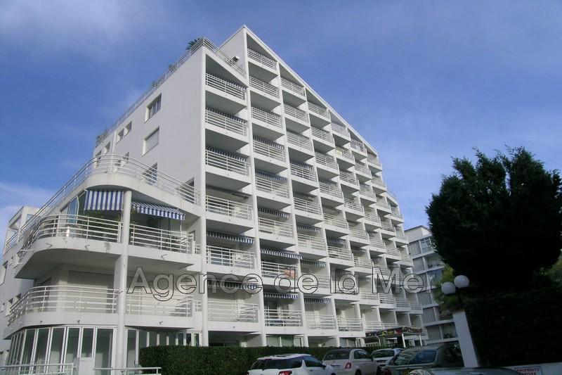 Photo n°2 - Vente appartement Juan-les-Pins 06160 - 243 000 €