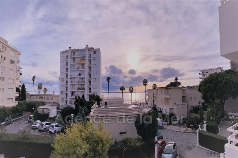 appartement  2 pièces  Juan-les-Pins Bord de mer  35m² -