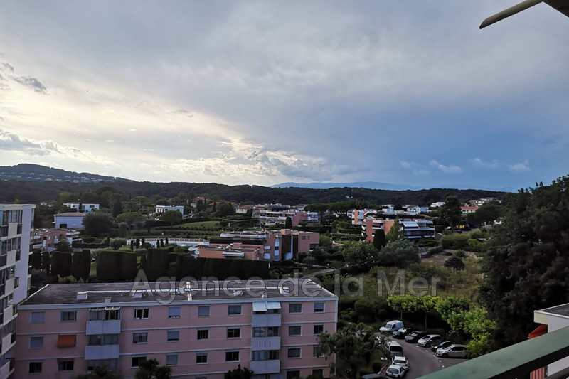 appartement  3 pièces  Antibes Fontmerle  63 m² -