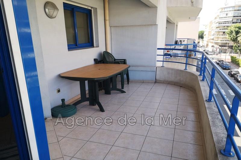 appartement  2 rooms  Juan-les-Pins Glue  45m² -