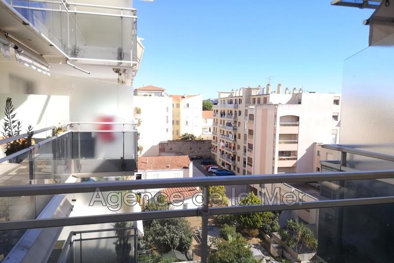 Photo n°3 - Vente appartement Juan-les-Pins 06160 - 253 000 €