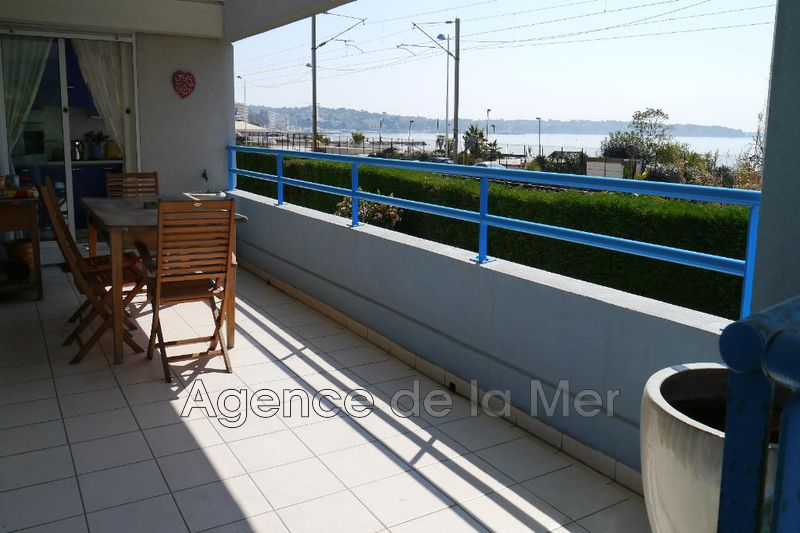 appartement  3 rooms  Juan-les-Pins Seaside  67 m² -