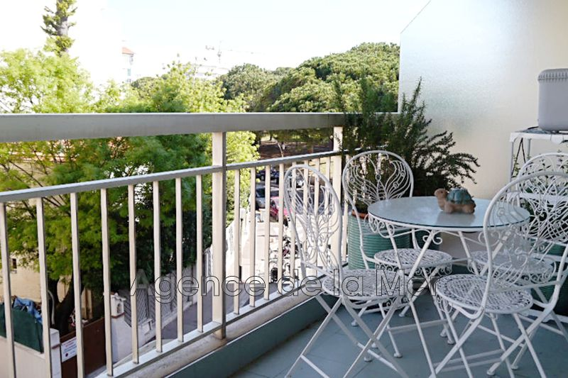 Photo n°1 - Vente appartement Juan-les-Pins 06160 - 169 000 €
