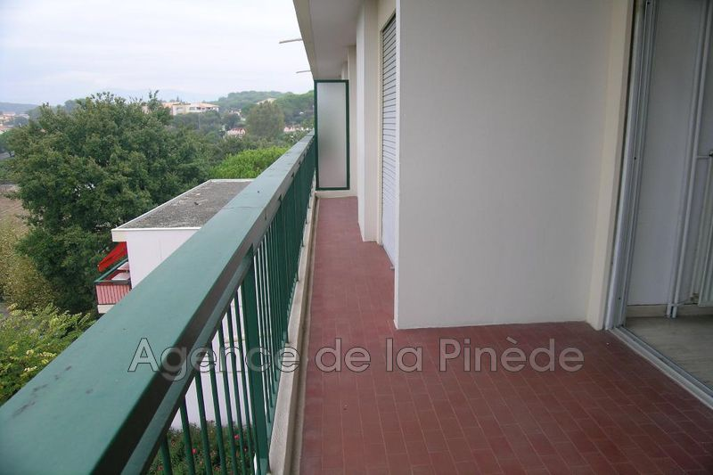 appartement  3 pièces  Antibes Fontmerle  63m² -