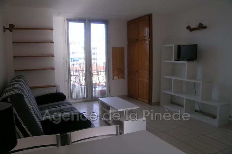 appartement  studio  Juan-les-Pins Centre-ville  26 m² -