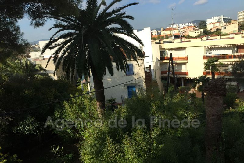 appartement  2 rooms  Juan-les-Pins Downtown  45m² -