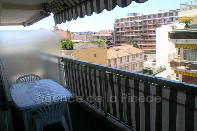 appartement  studio  Juan-les-Pins Pinede  22 m² -