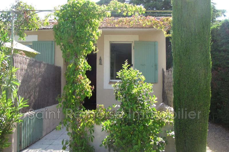 Photo Ground garden Saint-Rémy-de-Provence  Hire ground garden  1 room   20 m²