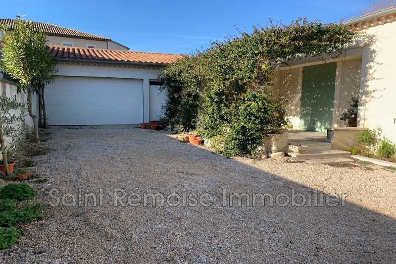 Photo n°1 - Location maison Saint-Rémy-de-Provence 13210 - 1 200 €