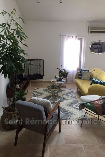 Photo Appartement Saint-Rémy-de-Provence  Location appartement  3 pièces   90 m²