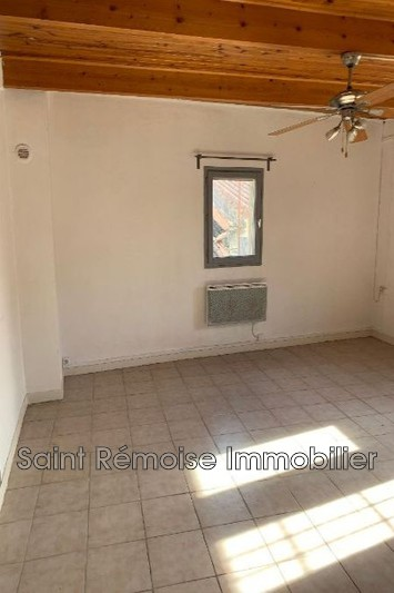 Photo Apartment Saint-Rémy-de-Provence  Hire apartment  3 rooms   75 m²