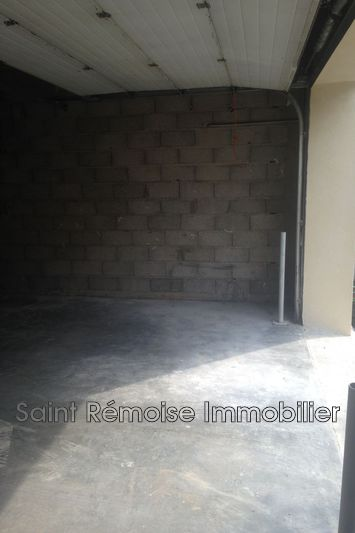 Photo n°5 - Location garage Saint-Rémy-de-Provence 13210 - 250 €
