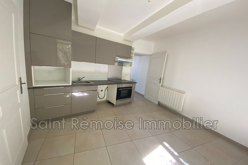 Photo n°1 - Location appartement ST ANDIOL 13670 - 570 €