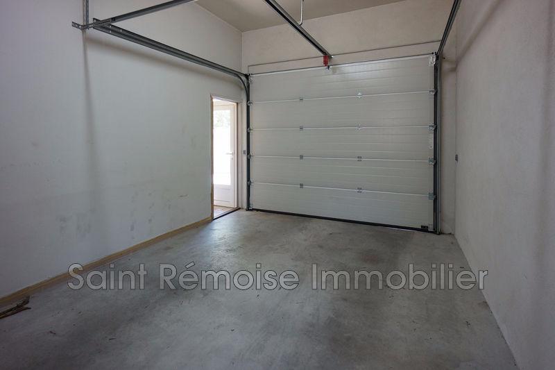 Photo n°2 - Location garage Saint-Rémy-de-Provence 13210 - 250 €
