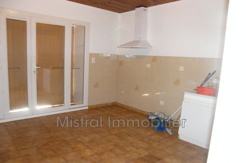 Photo n°2 - Location maison Lapalud 84840 - 724 €