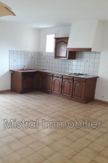 Photo n°2 - Location maison de ville Saint-Paulet-de-Caisson 30130 - 460 €