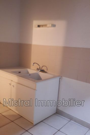 Photo Appartement Pont-Saint-Esprit Gard rhodanien,  Location appartement  2 pièces   40 m²