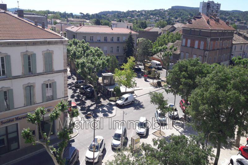 Photo Appartement Bagnols-sur-Cèze Gard rhodanien,  Location appartement  4 pièces   100m²
