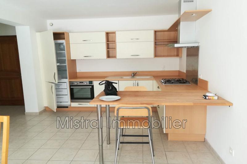 Photo Appartement Bagnols-sur-Cèze Gard rhodanien,  Location appartement  2 pièces   59m²