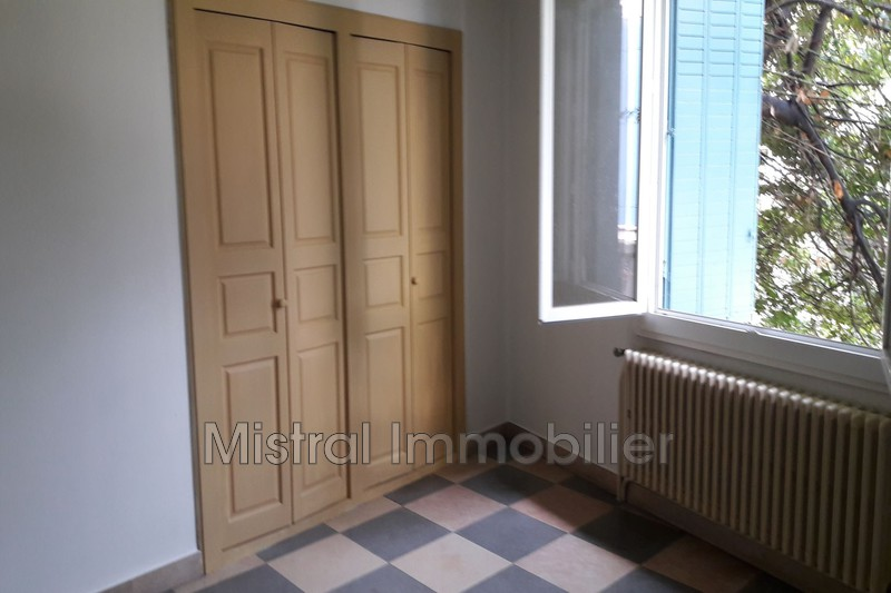 Photo Appartement Pont-Saint-Esprit Gard rhodanien,  Location appartement  4 pièces   110 m²