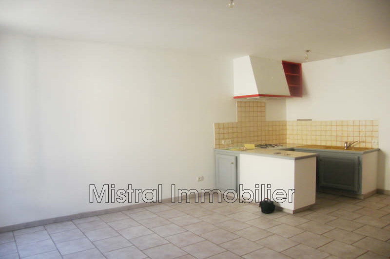 Photo Appartement Pont-Saint-Esprit Gard rhodanien,  Location appartement  3 pièces   52m²