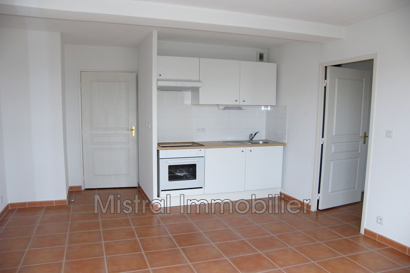 Photo Appartement Pont-Saint-Esprit Gard rhodanien,  Location appartement  2 pièces   34m²