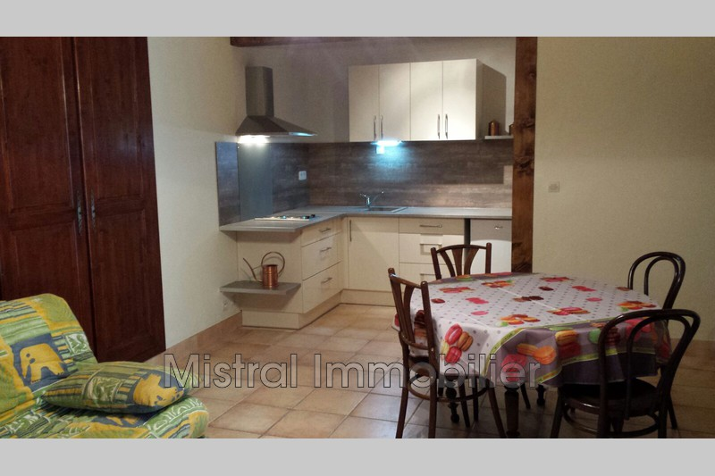 Photo n°2 - Location appartement APPARTEMENT MEUBLE 30760 - 340 €