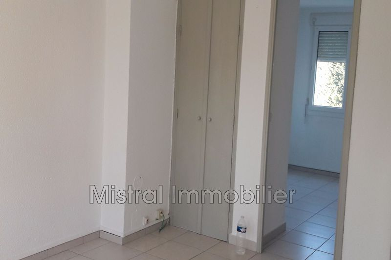 Photo n°2 - Vente appartement Saint-Nazaire 30200 - 49 000 €