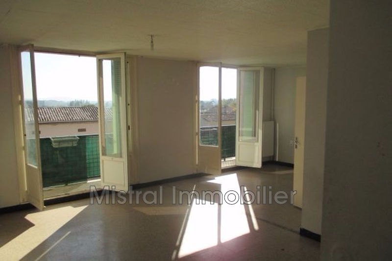 Photo n°1 - Vente appartement Pont-Saint-Esprit 30130 - 64 000 €