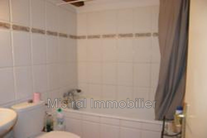 Photo n°3 - Vente appartement Pont-Saint-Esprit 30130 - 79 500 €