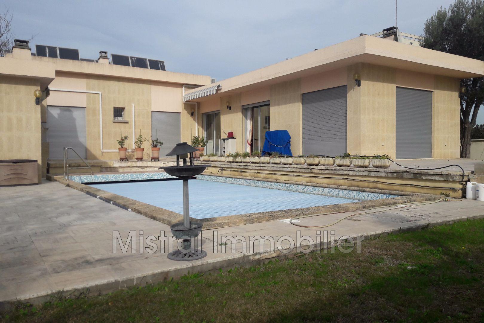 Vente maison villa pont saint esprit 30130 357 000 - Garage pont saint esprit ...