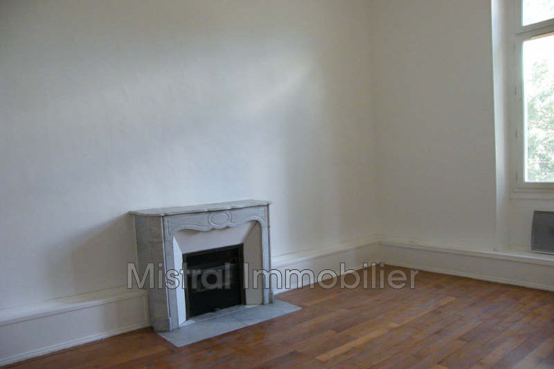 Photo 3 appartements bourgeois Saint-Nazaire Gard rhodanien,   achat 3 appartements bourgeois  9 pièces   700 m²