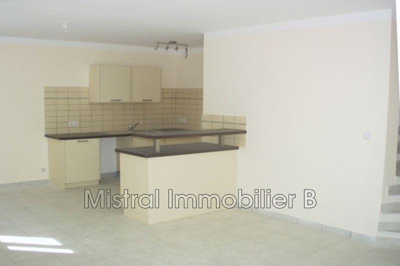 Photo Appartement Tresques Val de tave,  Location appartement  3 pièces   66m²