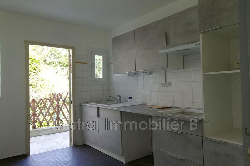 Photo Maison Bagnols-sur-Cèze Gard rhodanien,  Location maison  2 chambres   81m²