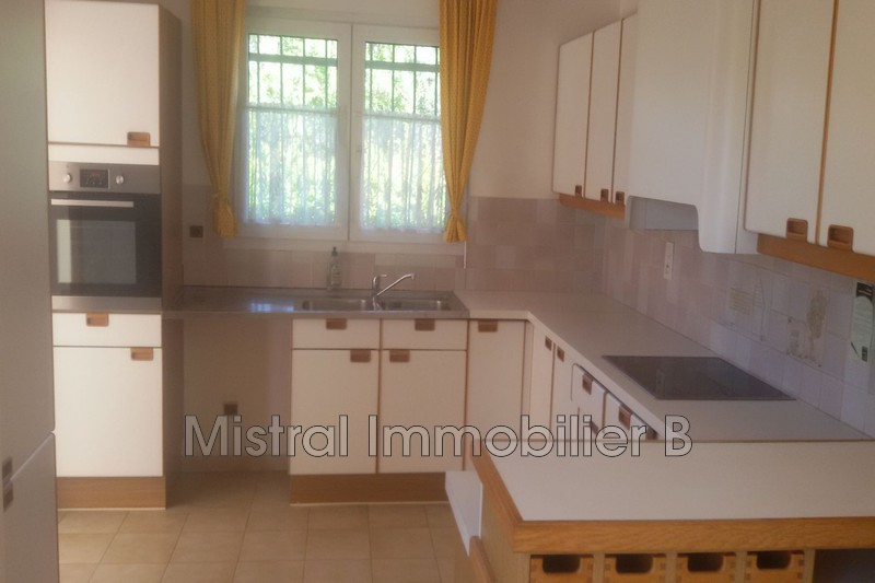 Photo Maison Bagnols-sur-Cèze Gard rhodanien,  Location maison  4 pièces   91m²