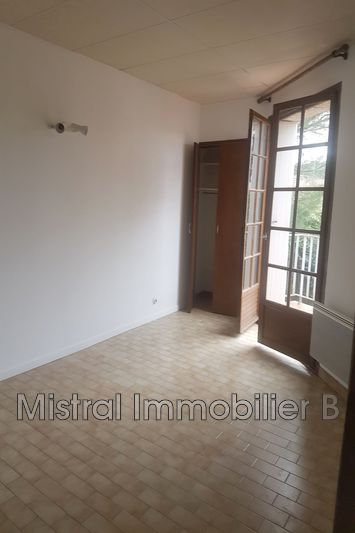Photo n°2 - Location appartement Goudargues 30630 - 400 €