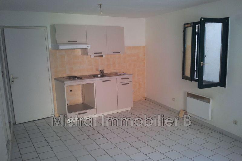 Photo Appartement Bagnols-sur-Cèze Gard rhodanien,  Location appartement  2 pièces   40m²